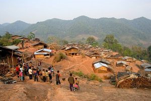 Poverty, people of the Akha Djepia ethnic group, simple huts on the hillside, village Ban Chakhamdaeng, near the Nam Lan Conservation Area, Boun Tai district, Phongsali province, Phongsaly, Laos, Southeast Asia, Asia
