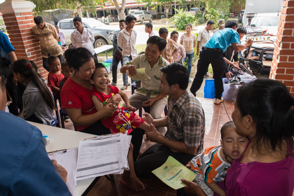 A typically busy morning during the Xieng Khouang mobile clinic