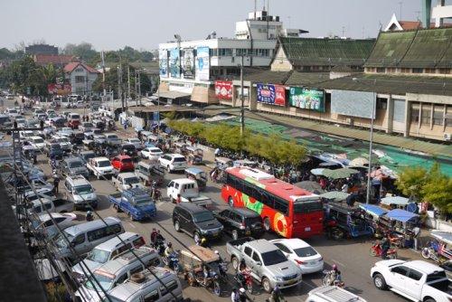 Vientiane-Cracks-Down-On-Illegal-Parking