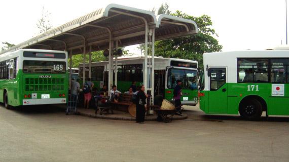 city-bus-morning-martket-station