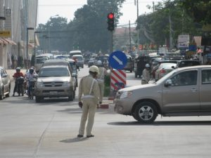 no-more-right-turns-on-traffic-lights-lao-police