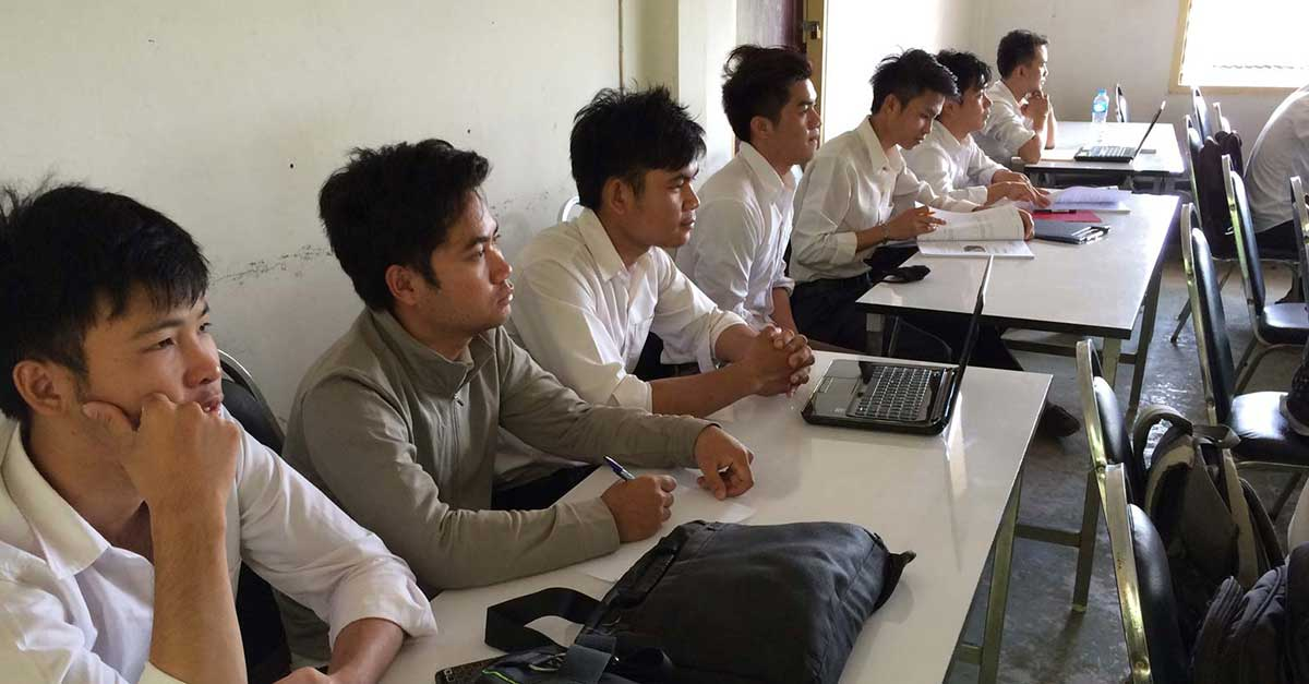 Chinese Institute to Upgrade Lao English Teachers