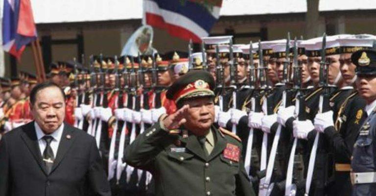 Lao and Thai Defense Ministers (from Bangkok Post)