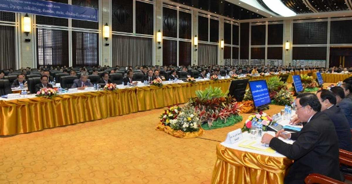 Prime Minster Thongloun Sisoulith at the Public Works and Transport Sector Meeting